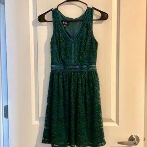 Dresses & Skirts - Emerald Green Formal Mini Dress